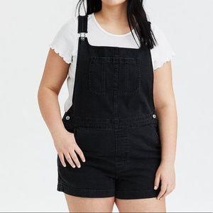 AMERICAN EAGLE boyfriend overall shorts black XL